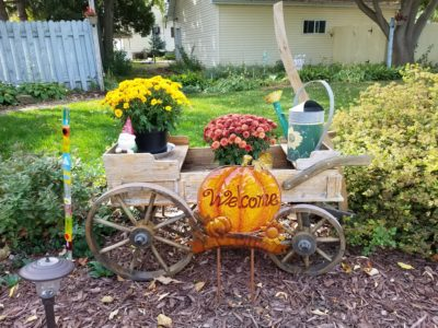 garden decorations at inn