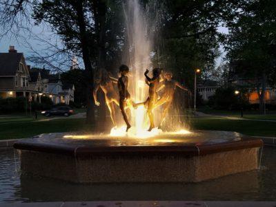 Ring Fountain at dusk