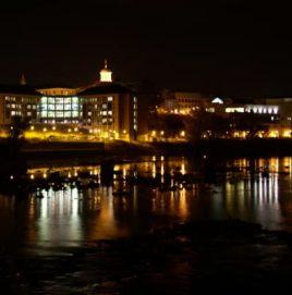 city scene at night